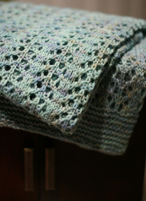 Easy Knit Lace Blanket : Knitionary: easy and free: simply beautiful baby blankets ...