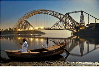 "Lansdowne Bridge of Rohri, Pakistan. A marvel of nineteenth century engineering, the 'longest ""rigid"" girder bridge in the world' at that time, was begun in 1887."