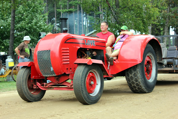 Oldest Antique Tractors : Fastrac antique tractor world what the heck do you