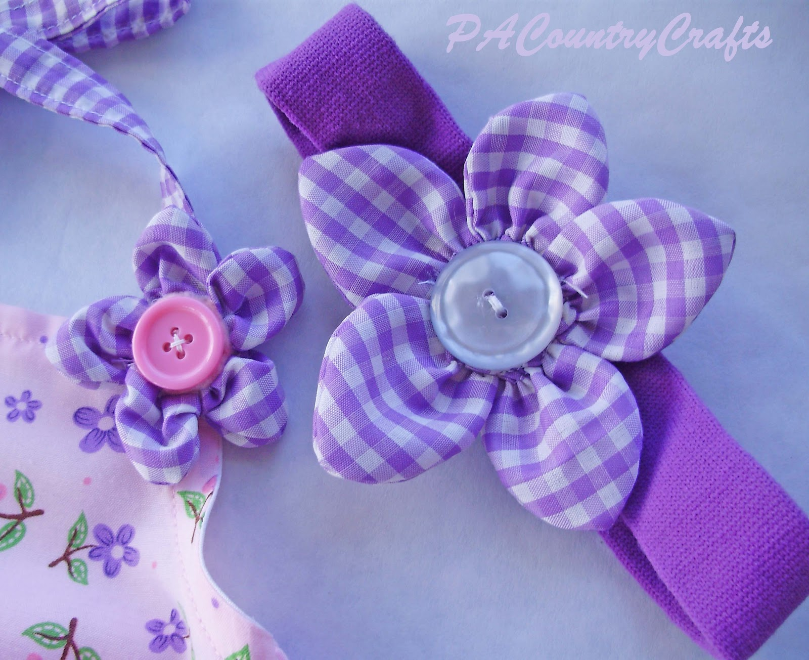 Puffy petal flower tutorial pa country crafts - Crafts with flower petals ...