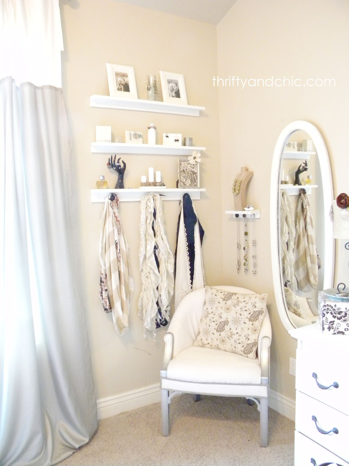 Thrifty and chic diy projects and home decor for Dressing room accessories