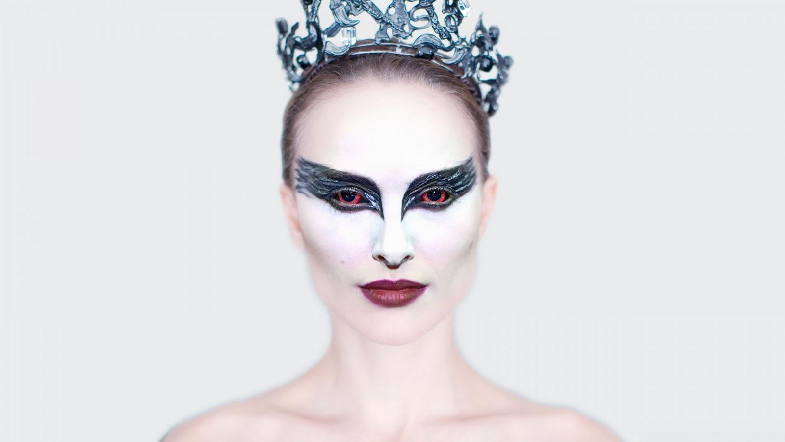 http://3.bp.blogspot.com/-YfB_gDravU8/TWRJgOQvuvI/AAAAAAAAAd4/KDAI7ml8z5M/s1600/Black-Swan-Wallpaper-Photo-Natalie-Portman-as-Nina-Sayers-1.jpg
