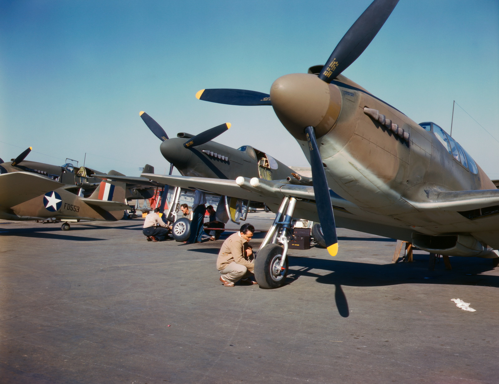World War II Pictures In Details: P-51 fighter planes ...