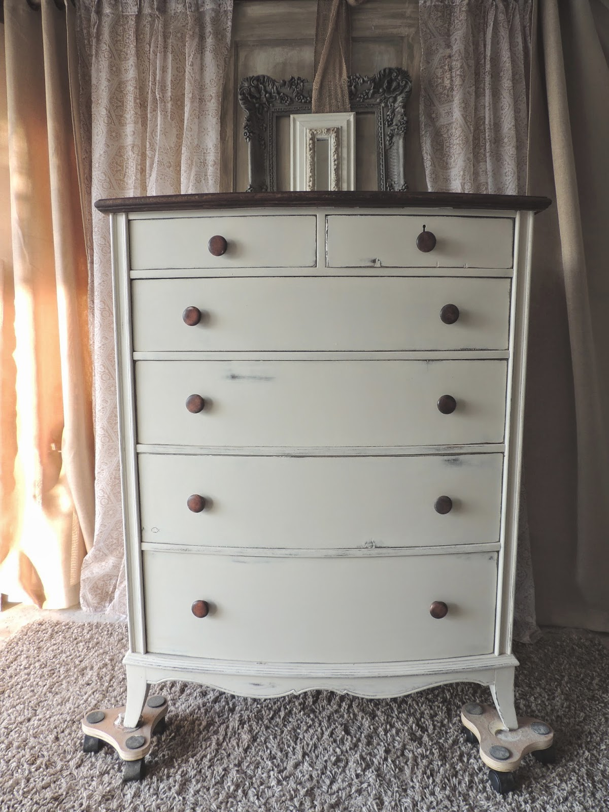 cream chalk painted dresser