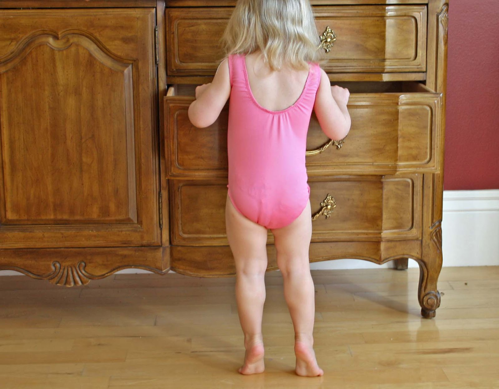 Kids Wearing Wet Diapers Over a dry regular diaper. galleryhip.com.