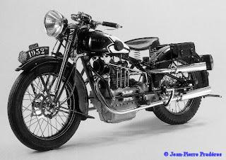Historia De La Moto.-http://3.bp.blogspot.com/-Yg7g_dfTmZA/UDzg52lrIZI/AAAAAAAAACA/Vv8gUCwYaaI/s320/dollar1.jpg