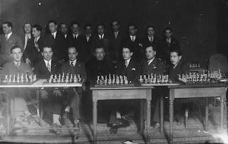 Entrega de premios en el II Campeonato Social del Club Ajedrez Manresa en 1930