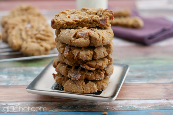 Flourless Peanut Butter Bacon Cookies #BaconMonth | girlichef.com
