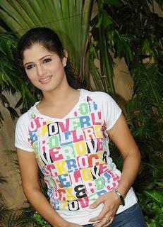 Bengoli Actress Srabanti Chatterjee