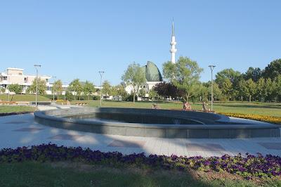 Fontana - Spomen-park džamija