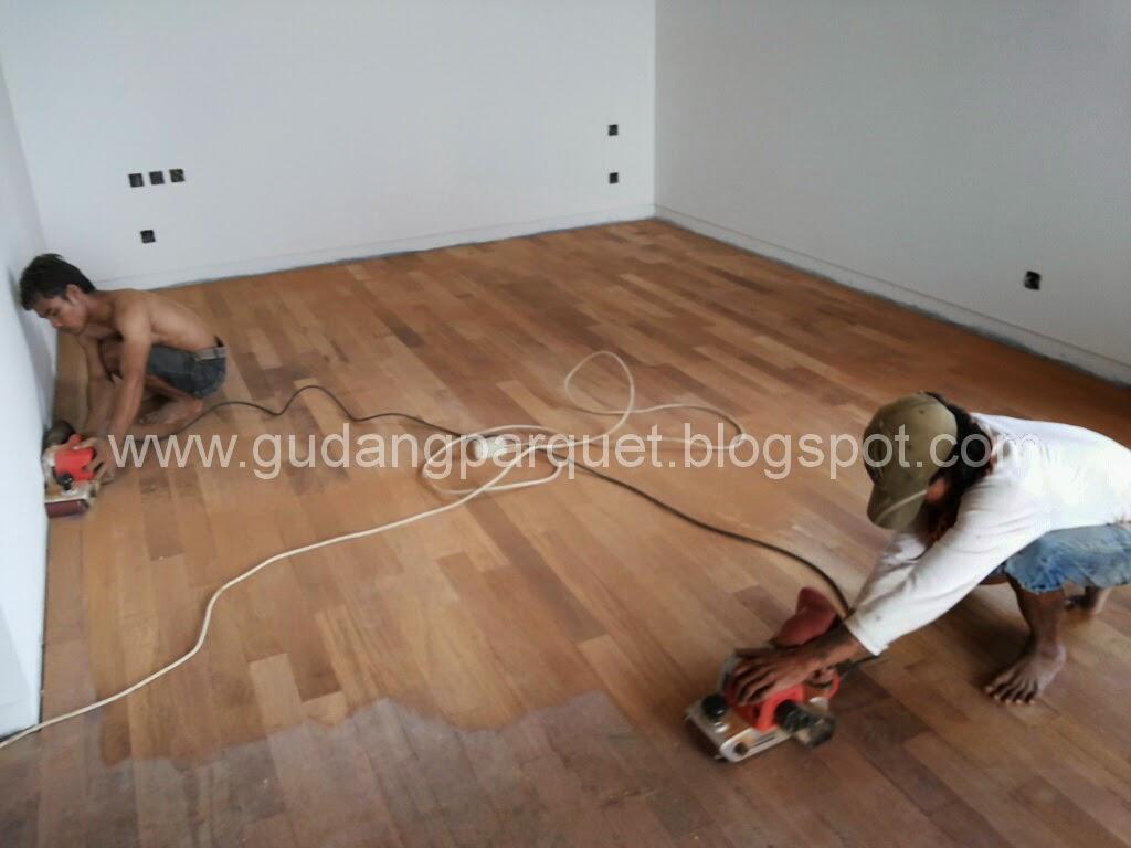 sale lantai kayu merbau