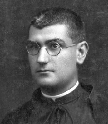 El padre José Gomis.