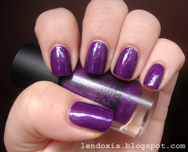 essence beauty beats purple nail polish