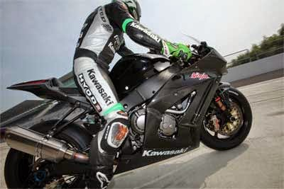 Gambar Motor Balap Kawasaki