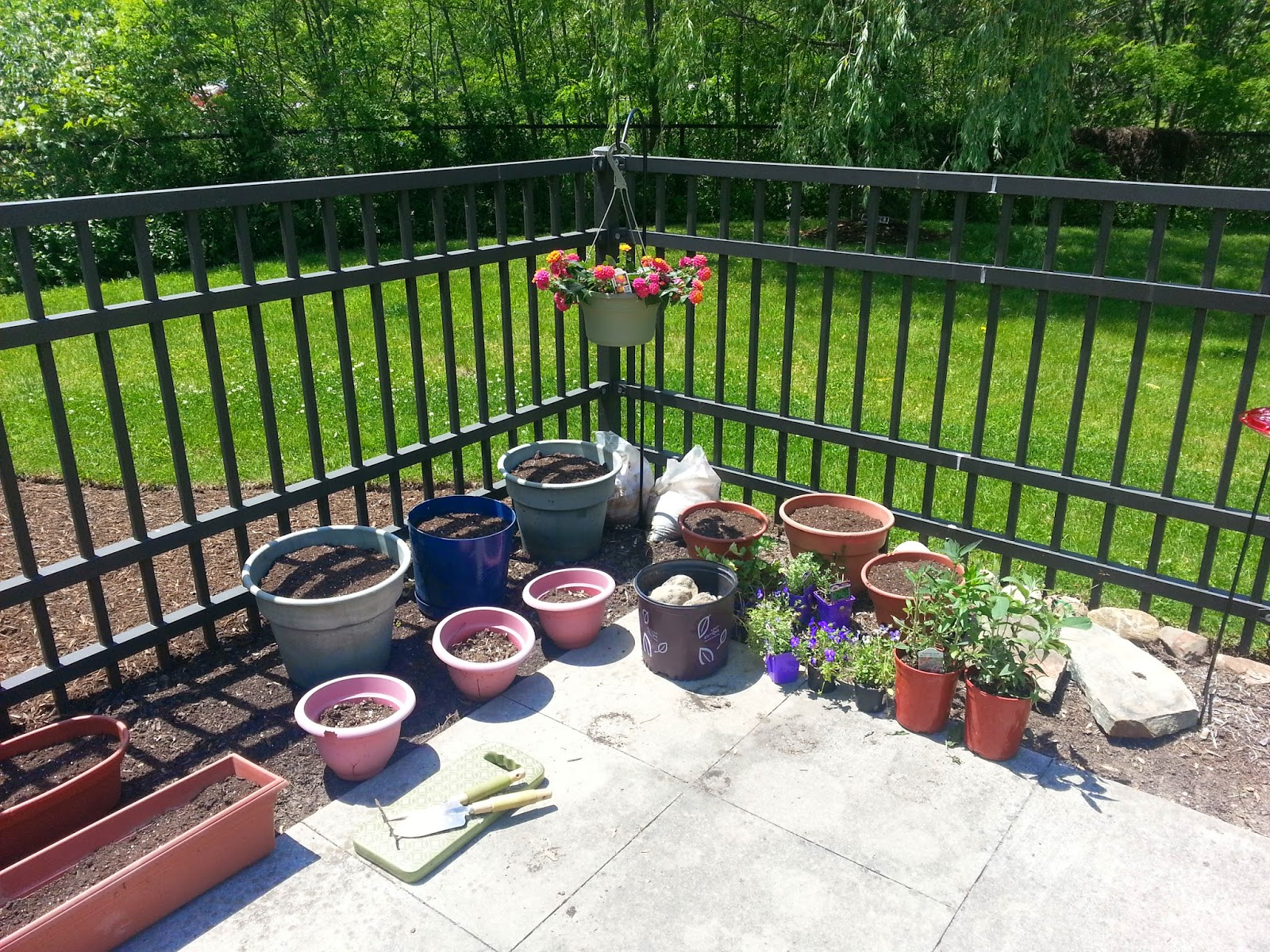 You Can Find Expensive Or Cheap Ones At A Garden Center. Or, If Youu0027re  Feeling Crafty, You Can Make One Of Your Own!