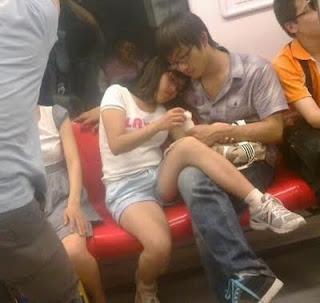 3 774510 Aksi Terlampau Pasangan Bercinta Di China