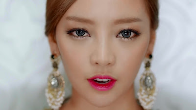 hara damaged lady