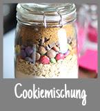 http://fashionleaderandkitchenhero.blogspot.de/2013/12/cookiemischung-im-glas-diy-gewinnspiel.html