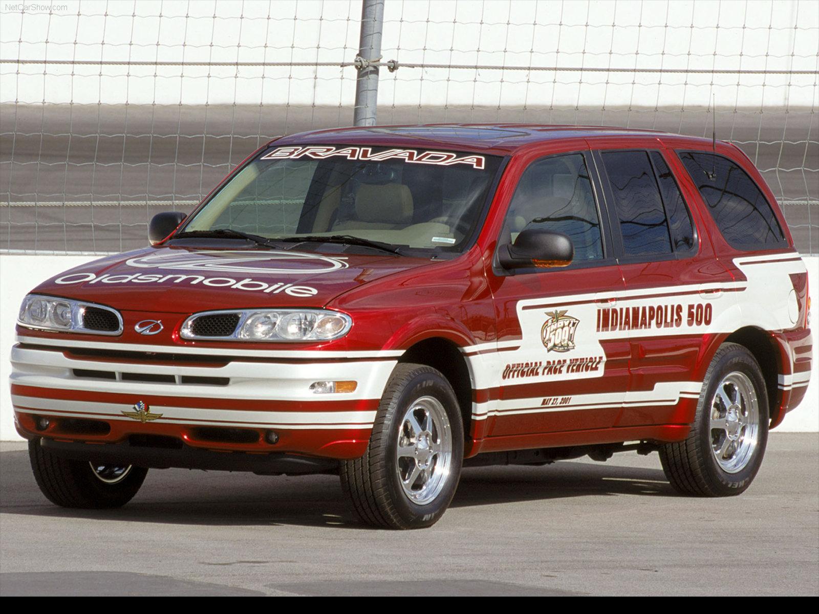 Hình ảnh xe ô tô Oldsmobile Bravada Indy Pace Car 2002 & nội ngoại thất