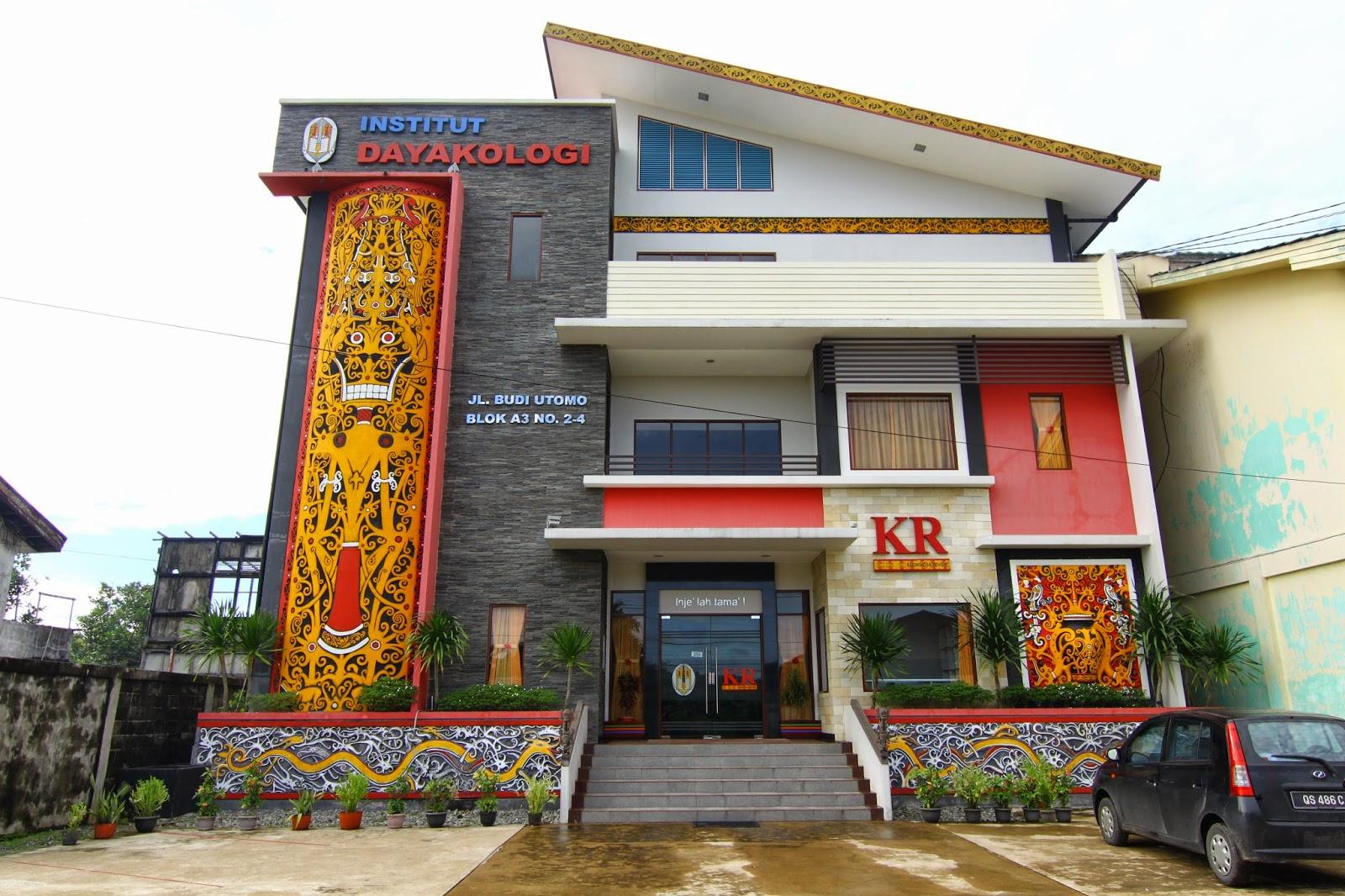 Bangunan Institut Dayakologi yang tersergam indah