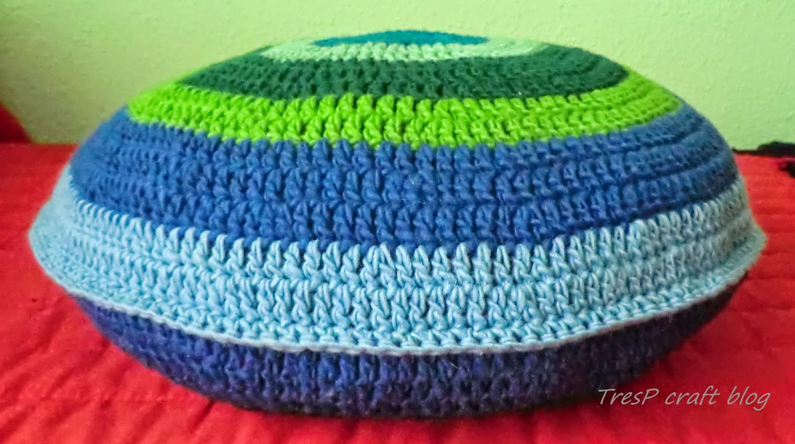 TresP craft blog: COJÍN REDONDO DE CROCHET/GANCHILLO