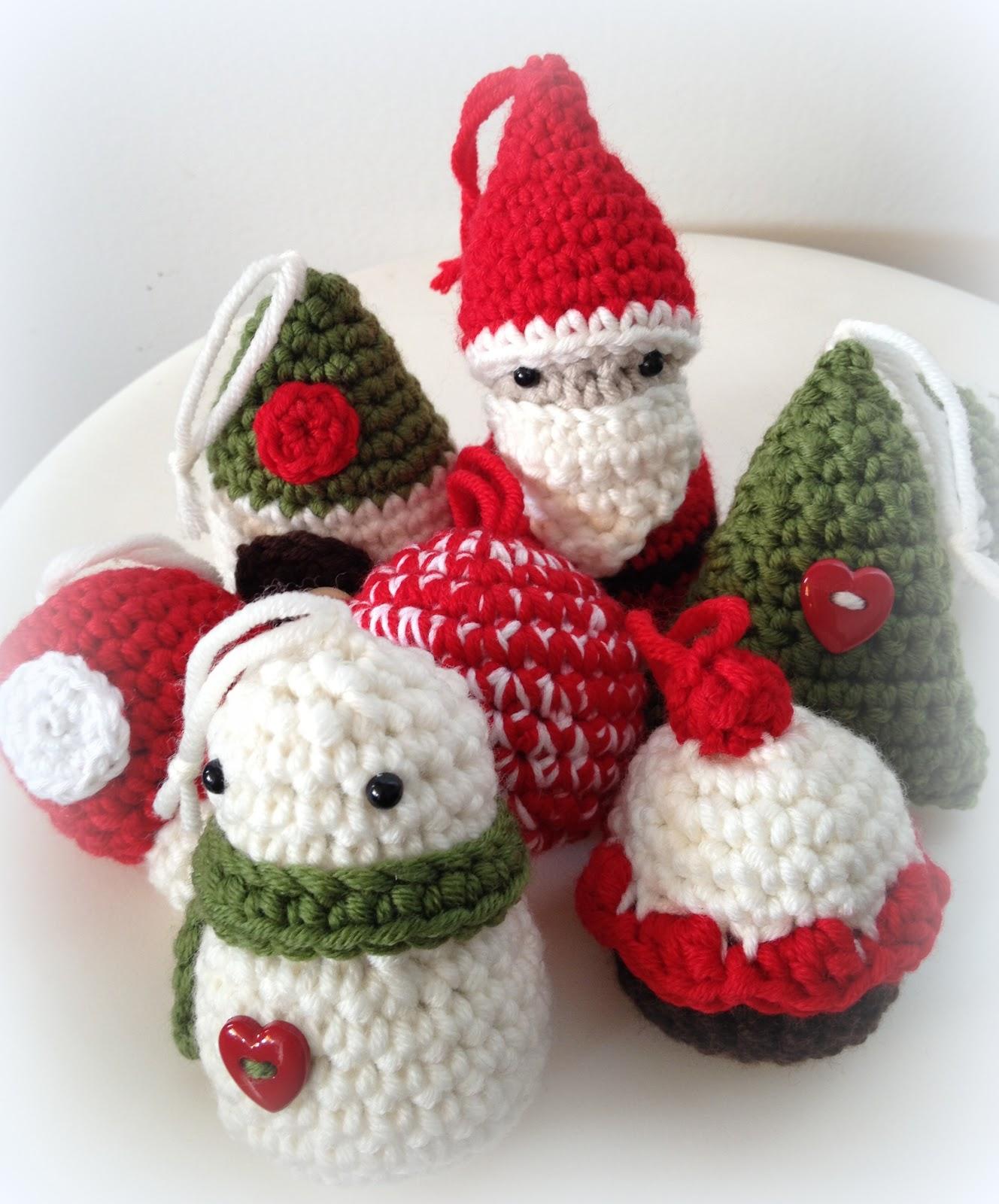 #B41729 Lady Crochet: Amigurumis De Navidad / Xmas Amigurumis 5523 décorations de noel tricot 1328x1600 px @ aertt.com