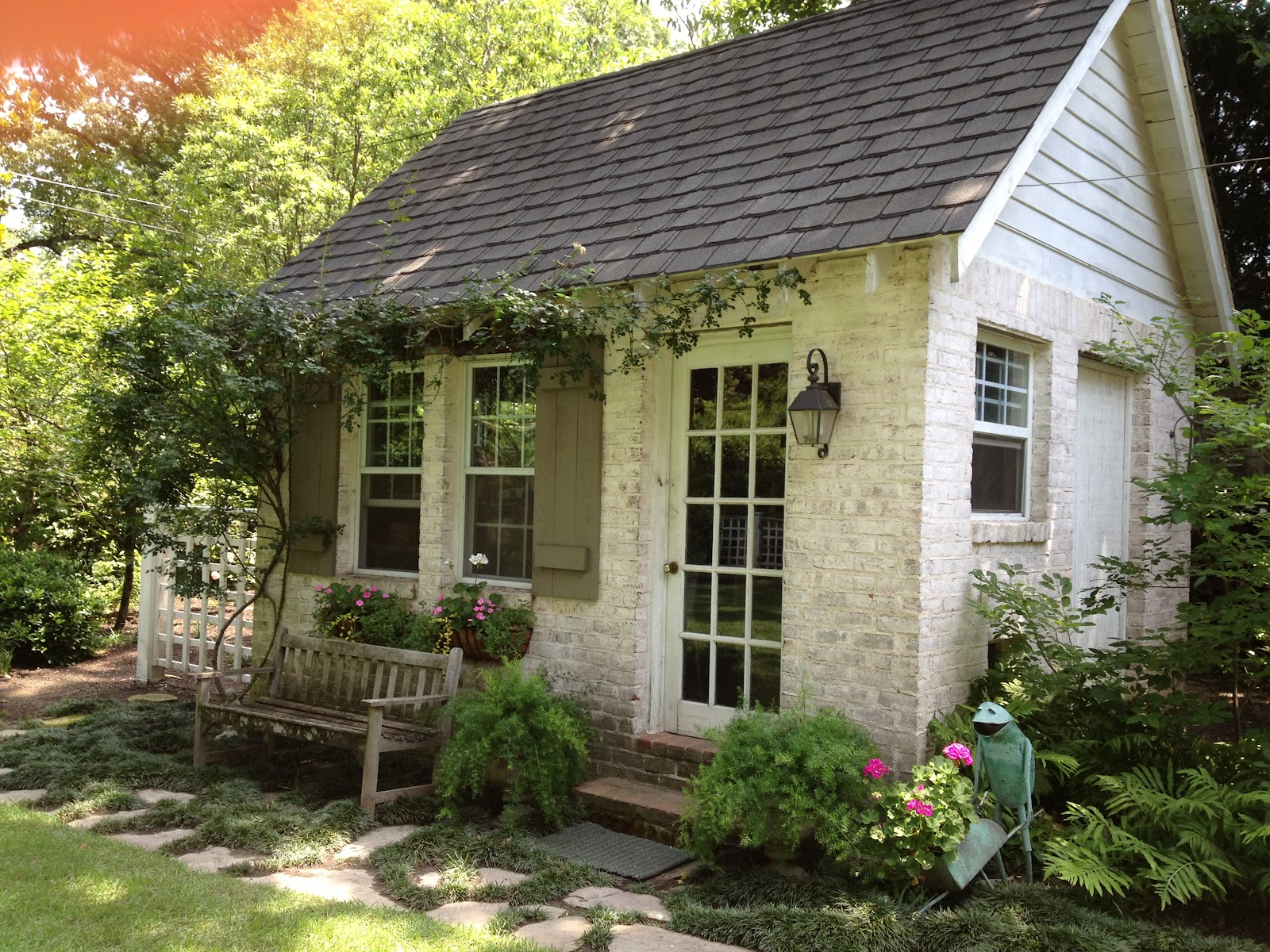 ... Noted: Crush of the Month: Dreamy Garden Sheds {aka Backyard Retreats