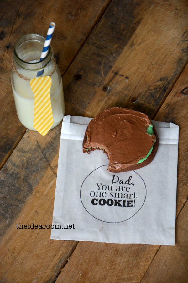 http://www.theidearoom.net/2014/05/fathers-day-gift-hes-one-smart-cookie.html