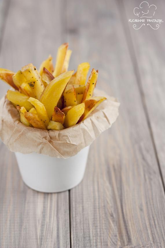 frytki, przepis, przepis na frytki, domowe, z piekarnika, ziemniaki piekarnik, pieczone frytki, pieczone ziemniaki,