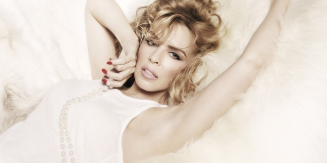 Kylie Minogue – Right Here Right Now (Lyrics)