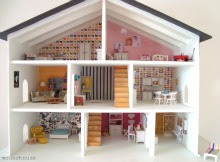 a mousehouse dollshouse