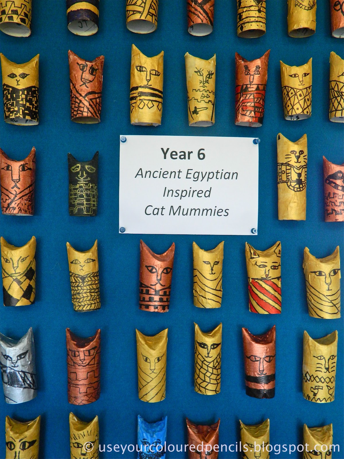 ancient egypt art essays Ancient egyptian art essaysegyptian art was an important part of their lives at this  time art at this time was either commissioned by kings or nobles for temples or.