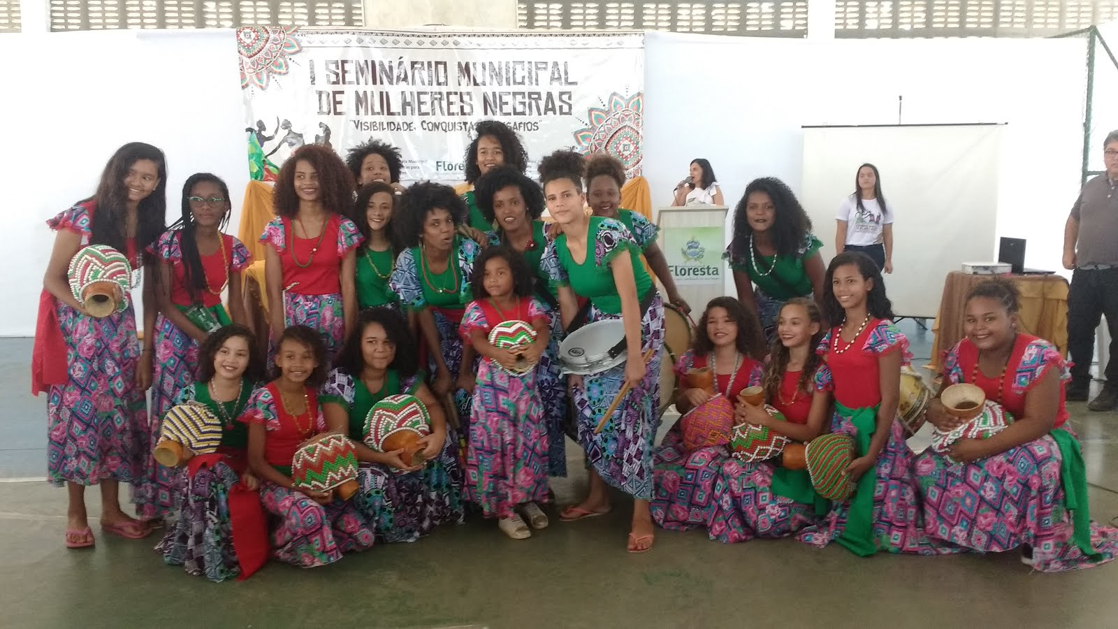 GRUPO CULTURAL AFRO MULHER