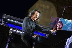 Yanni in Egypt