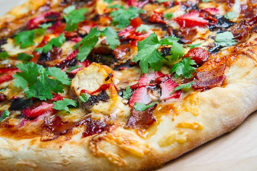 Balsamic Strawberry and Chicken Pizza with Sweet Onions ...