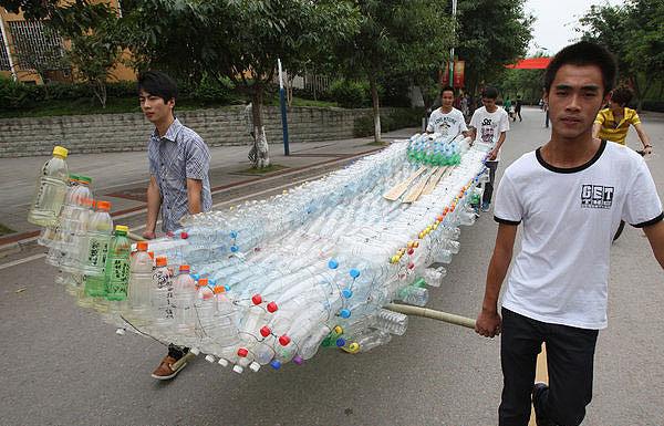 лодка из пластиковых бутылок мастер класс видео