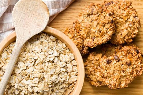 Los proteínas las grasas los hidratos de carbono el valor calórico del azúcar