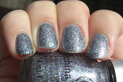 china glaze prismatic chromaglitters, china glaze liquid crystal, china glaze liquid crystal swatch, china glaze liquid crystal manicure, china glaze liquid manicure nails, china glaze liquid crystal nail swatch, china glaze prismatic chroma glitters swatch