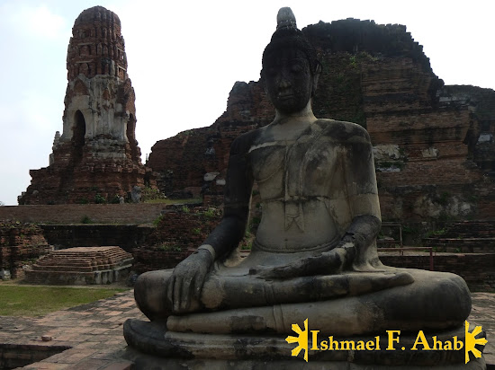 The ruins of Wat Mahathat in Ayutthaya Historical Park