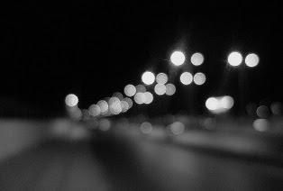 nekega dne bom samo svetle besede │ morda bo takrat │ najbolj bolelo