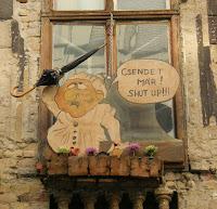 Budapest, Hungary, Kazinczy utca, Magyarország, Pub, romkocsma, ruinpub, Szimpla Kert, zsidónegyed, Shut up, funny, street art