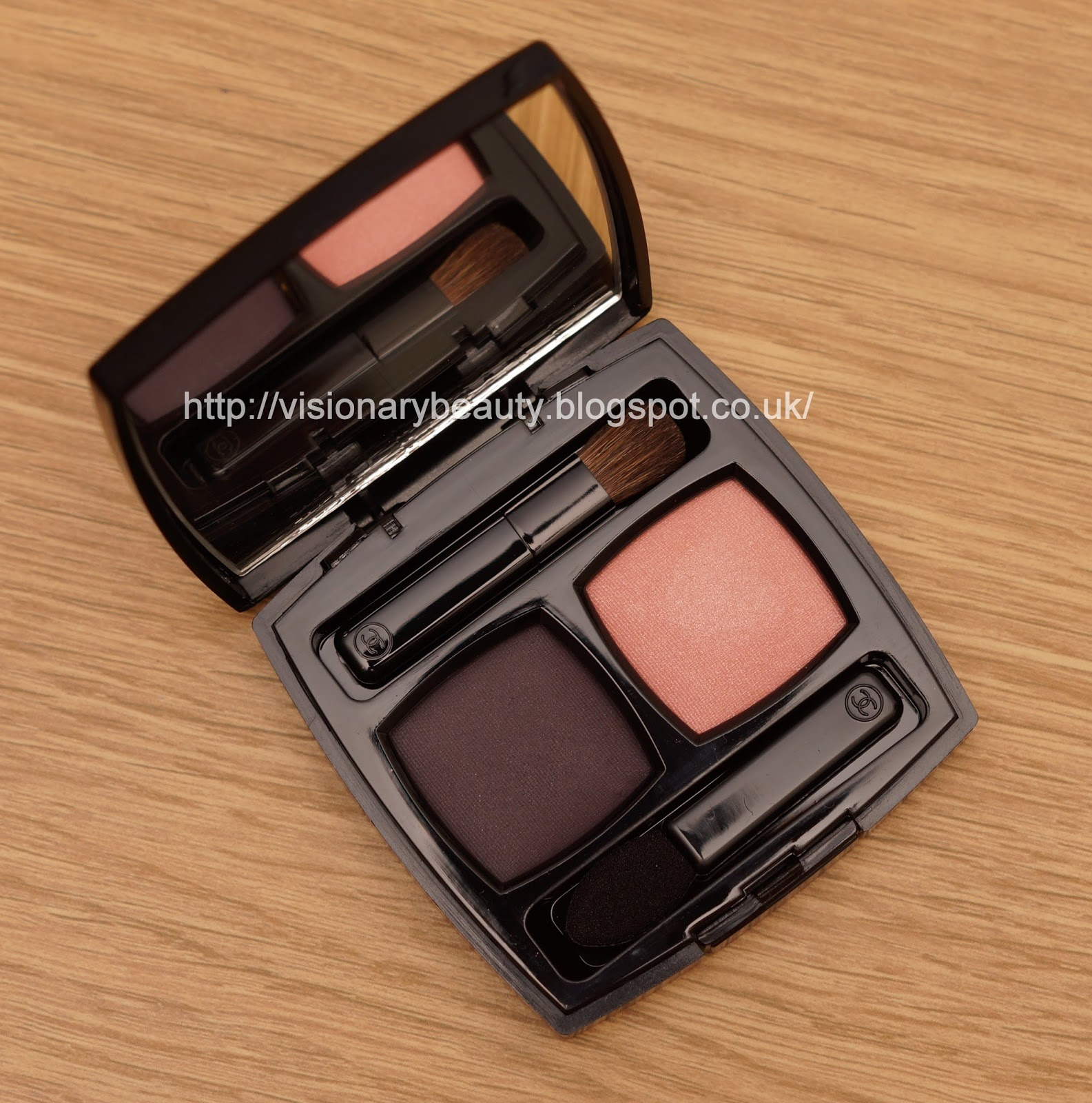 Visionary Beauty February 2014 La Girl Pro Face Hd Matte Pressed Powder Medium Biege 609 Peachy Pink And A Smoky Plum I Have To Apply The Lighter Shade Very Softly Otherwise It Takes On Coral Hue Which Looks Off With My Colouring