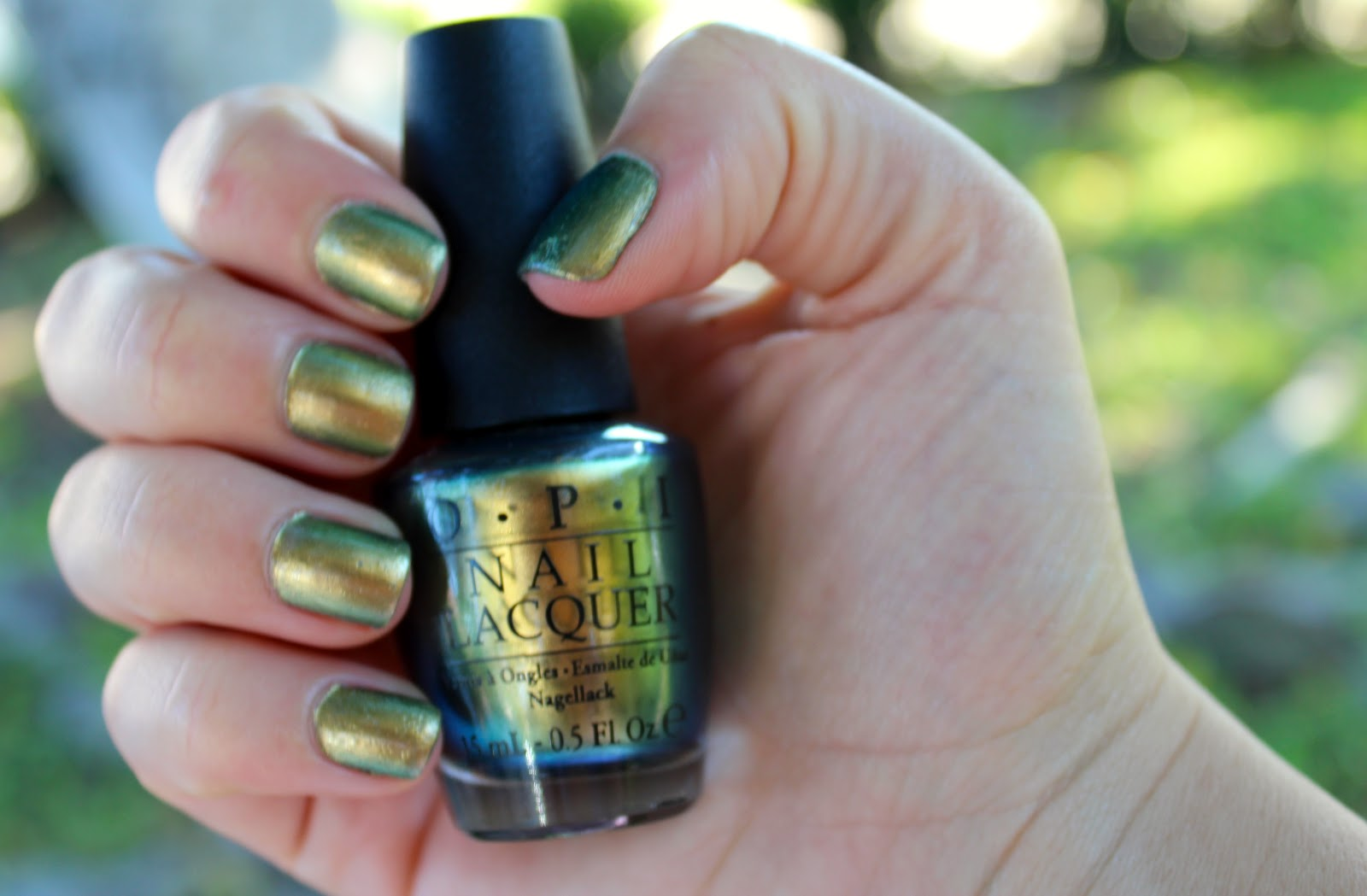 Viola Beauty: Nail of the Day: OPI Just Spotted the Lizard!