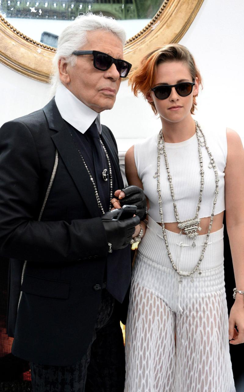 Eniwhere Fashion - News on Fashion - Kristin Stewart - Chanel