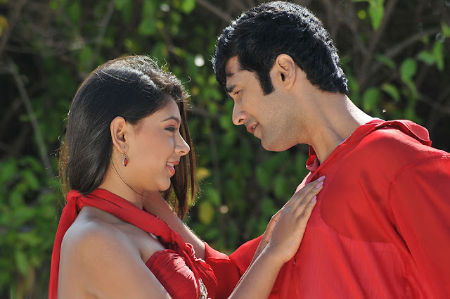 Pelli Pustakam Movie stills