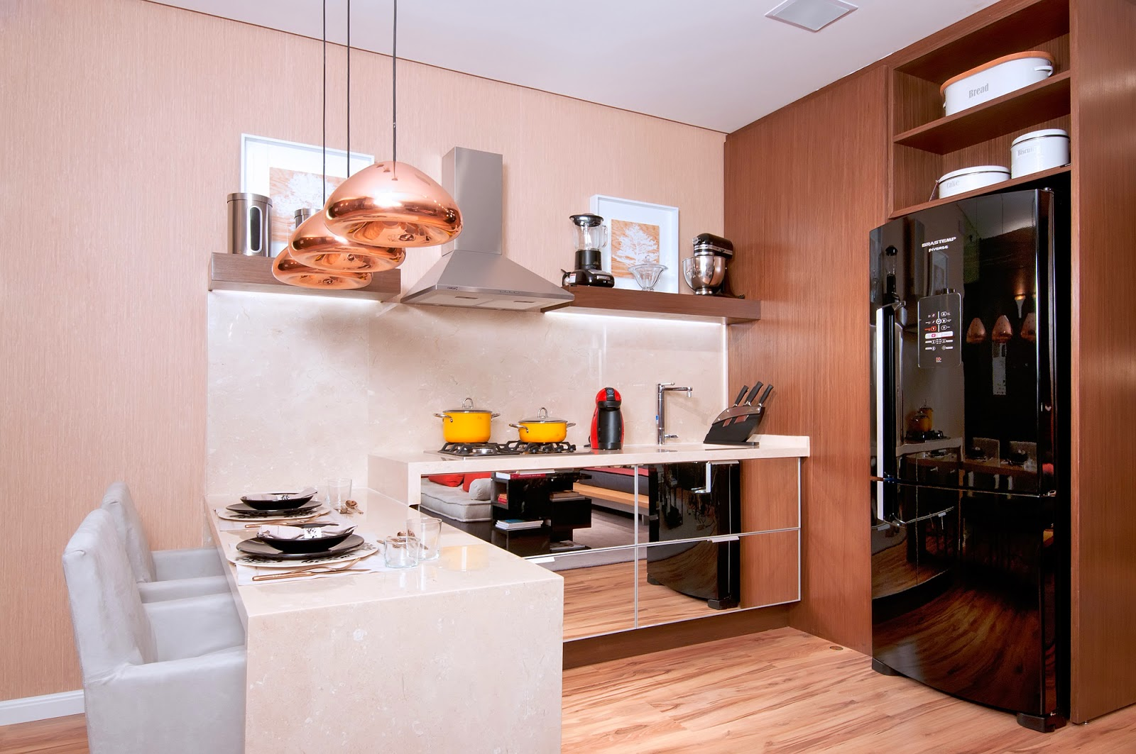 #CA9501 Cozinhas Pequenas Modernas e Planejadas – veja modelos e dicas  1600x1063 px Projetos De Cozinhas Modernas E Pequenas #619 imagens