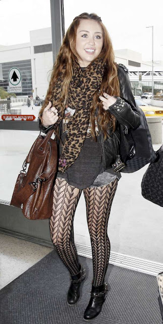 miley cyrus hot sexy pics photos wearing stylish pantyhose
