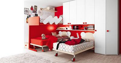 habitación en blanco y rojo