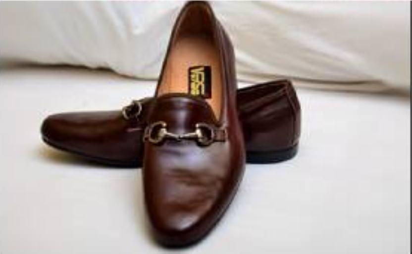 VERSE Shoes