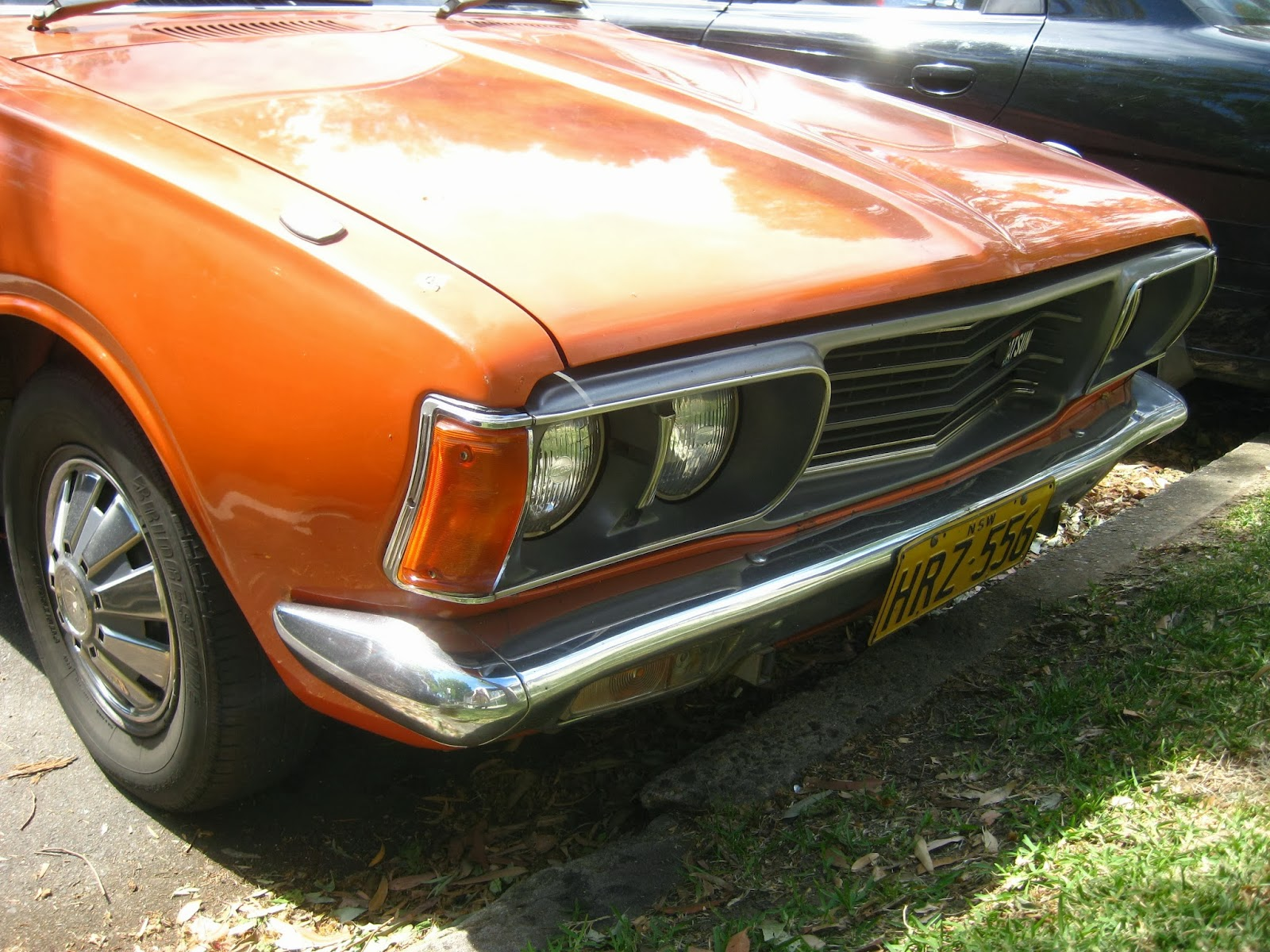 aussie old parked cars 1975 datsun 180b wagon 610